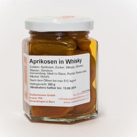 Aprikosen in Whisky